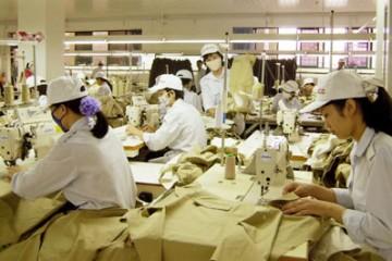 Thông báo tuyển dụng lao động làm may mặc phổ thông