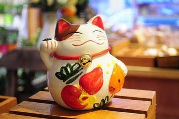 Maneki Neko – Mèo vẫy tay ở Nhật Bản