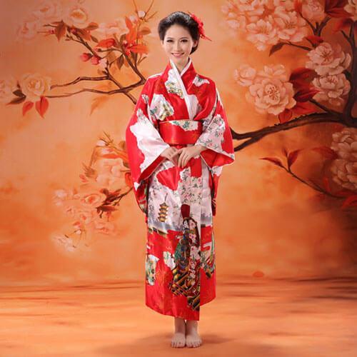 hạc đầu đỏ trên kimono