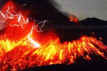 Sakurajima ngọn núi lửa năng động ở Kagoshima Nhật Bản