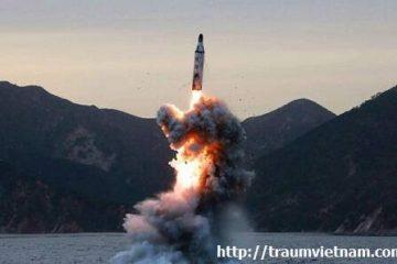 Tên lửa Triều Tiên lại bay qua nhưng người Nhật khá bình tĩnh