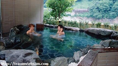 Suối nước nóng Unazuki Onsen