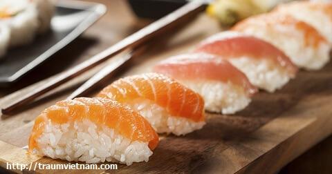 Sushi và sashimi không thể chối từ