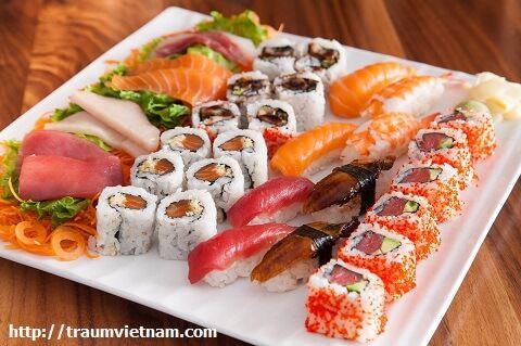 Sushi ở Quận Tsukiji Tokyo
