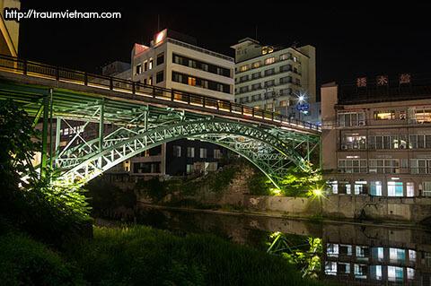 Suối nước nóng Iizaka Onsen - Fukushima Nhật Bản