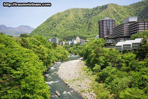 Suối nước nóng Kinugawa - Tỉnh Tochigi Nhật Bản