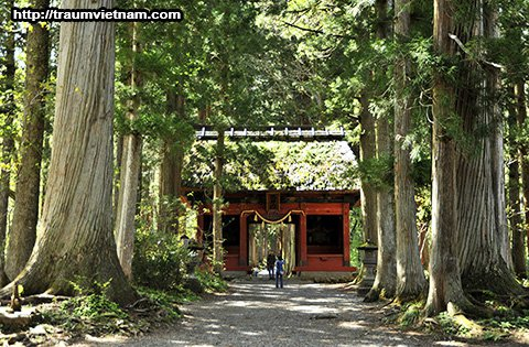 Đền Togakushi-jinja Chusha