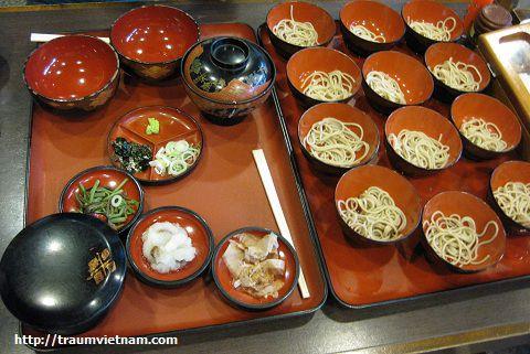 Wanko-soba ở Morioka