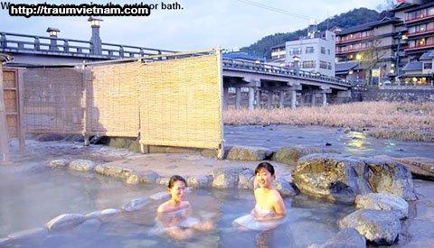 Suối nước nóngMisasa Onsen - Tỉnh Tottori Nhật Bản