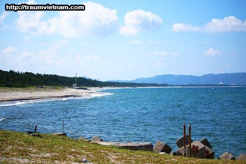 Bãi biển Yumigahama