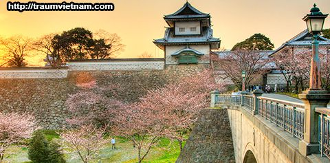 Lâu đàiKanazawa